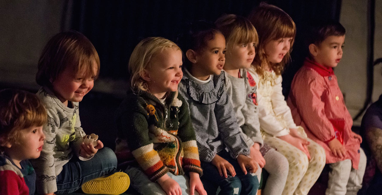 Children in audience for Igloo (2018)